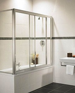 Coral Overbath Sliding Screen And End Panel With Chrome