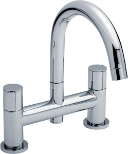 Ultra Ecco Bath Filler Tap With Swivel Spout (Chrome).