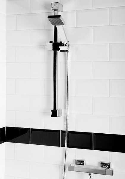 Thermostatic Bar Shower Valve With Slide Rail Kit. additional image